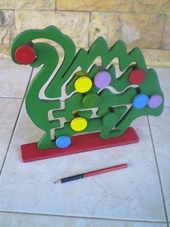 Mainan Maze Dinosaurus