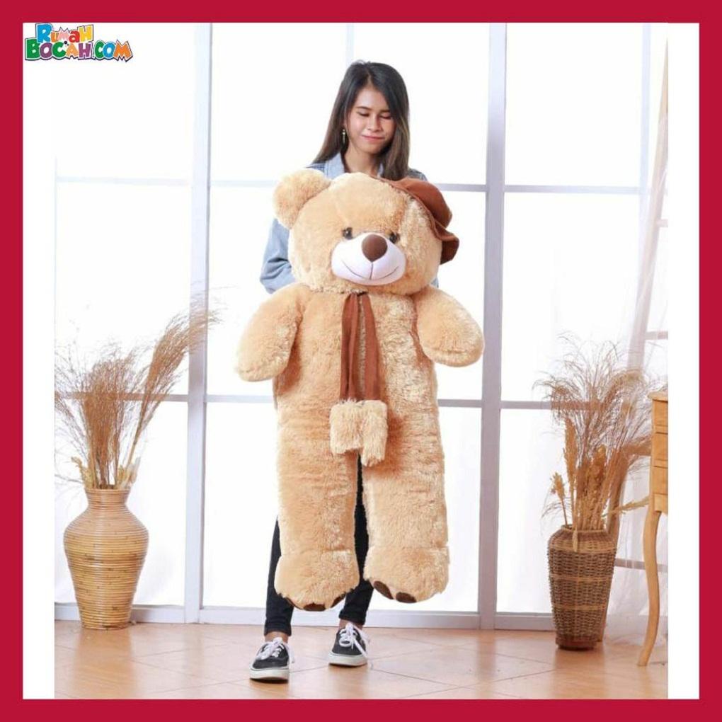 Mainan Kado Ulang Tahun Anak Sahabat Pacar Remaja Perempuan Cewek Boneka Jumbo Besar Beruang Bear Topi Telapak Caramel-min